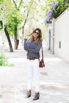 White Boyfriend Jeans & Stripes