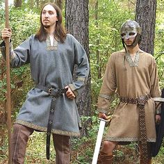 Buy Viking costumes & accessories, such as this Woolen Viking Tunic. wool Viking tunics are made with rich fabric which is heavy & accurate to the period. Viking Tunic, Viking Dress, Medieval Tunic, Viking Costume, Medieval Costume, Larp Costumes, Viking Reenactment, Fantasy Costumes, Costume Ideas