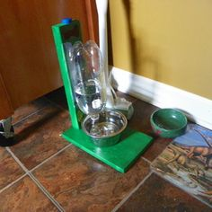 The Awesomest Coolest Easiest Water Bowl for DOGS & CATS! Might be easy to make for the Pets Try-it.