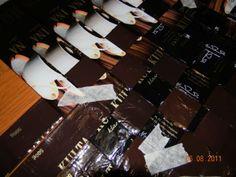 Vinopunottu kahvipussikori – Käsitöitä ja Puutarhanhoitoa Cards Against Humanity, Frame, Crafts, Bags, Picture Frame, Handbags, Manualidades, Handmade Crafts, Frames