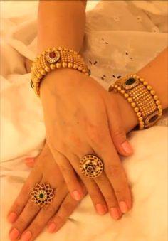 Bracelets – Page 4 – Modern Jewelry Gold Bangles Design, Gold Jewellery Design, Gold Jewelry, Diamond Jewelry, Jewelry Ads, Gold Necklaces, Glass Jewelry, Metal Jewelry, Jewlery