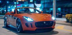Un tour de Jaguar F-Type dans les rues de Miami avec Kelly Rowland