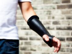 """Smart"" Orthopedic Cast Heals Fractures With Wearable Technology"