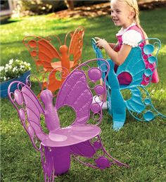 24-1/2%26quot;H x 21%26quot;W x 15%26quot;D Butterfly Chair