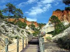 Falesia beach, walkway to heaven! algarve (f: flickriver.com)voted one of the top 5 beaches in the Algarve.