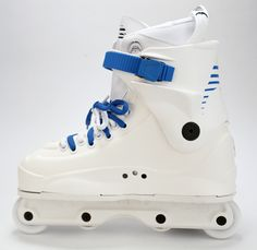 Roller Skate Shoes, Roller Skating, Aggressive Inline Skates, Inline Skating, High Top Sneakers, Hipster, Mens Fashion, Blade Runner, My Style