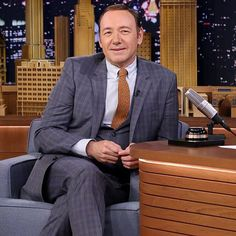Kevin Spacey's Celebrity Impressions Are Out-of-Control Amazing: When Kevin Spacey stopped by The Tonight Show Starring Jimmy Fallon on Friday, he and Jimmy Fallon went back and forth with celebrity impressions, and Kevin's hilarious takes on people like Bill Clinton and Christopher Walken were more than a little impressive.
