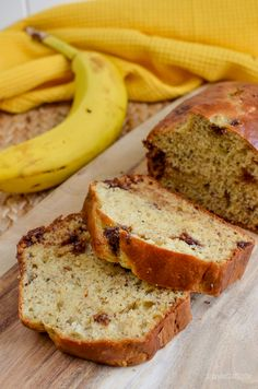 Slimming Eats Low Syn Banana and Chocolate Chip Loaf - #dairyfree #vegetarian #slimmingworld #weightwatchers