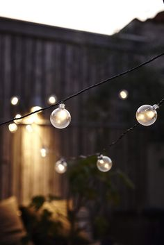 Create a fun party atmosphere with this string of festoon cafe lights created by the danish brand House Doctor. It features 24 LED bulbs. House Doctor, Slots Decoration, Luminaire Original, Interior Design Courses, Light Chain, Interior Design Magazine, String Lights, Festoon Lights, Bulb Lights