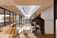 AN Kindergarten,© Studio Bauhaus, glass railing, sliding doors, reading nook, wood floors, kids