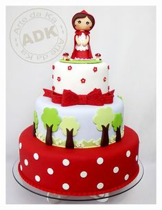 Love this red riding hood cake!
