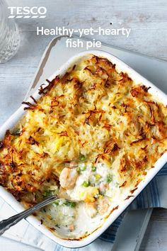 Healthy fish pie-A few clever twists mean family-favourite fish pie can be healthy and still delicious. With a crisp potato topping, creamy sauce and plenty of fresh haddock, salmon and prawns, you won't even realise it's a lighter version! Gourmet Recipes, Dinner Recipes, Cooking Recipes, Healthy Recipes, Cooking Fish, Fish Pie Healthy, Canned Fish Recipes, Cooking Kale, Cooking Turkey