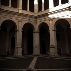 #chiostrodelbramante #Roma #art #beautifuldestinations #buildings #Rome #citylife #italy #lifestyle #events #exhibitions #paint #photography #mostre #instamood #travelingram #relaxing #coffeetimes #loveitall #igersoftheday #igersitalia #igersroma  #architecturelovers #architecture
