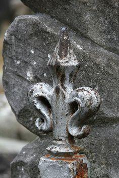 {Fleur de Lis} Rusty Fleur de Lis gate #symbols #FleurdeLis #gate