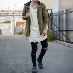 "1,825 mentions J'aime, 25 commentaires - The Highest Urban Wear® (@highesturbanwear) sur Instagram: ""Follow @highesturbanwear  for the highest fashion pics ✔ .  Style by @rolandmichaud  Would you…"""