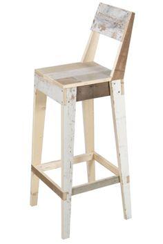 Repurposed furniture chair bar stools Ideas for 2019 Pallet Bar Stools, Diy Bar Stools, Pallet Chair, Wood Pallet Furniture, Wooden Stools, Diy Chair, Repurposed Furniture, Furniture Projects, Diy Furniture