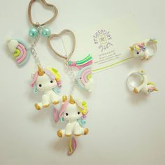 Unicornios ☁☁ #baby #unicornio #unicorns #partyunicorn #rainbow #girl #womans #party #fiesta #decoracion #recuerdos #souvenir #art #colors #arcoiris #toppers #evento #tematica #hechoamano #hechoconamor  #porcelanafría #masaflexible #fimo #fimoclay  #fimocreations #coldporcelain #polymerclay #lima #peru