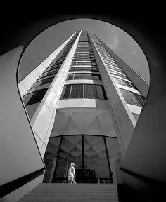Max Dupain - A keyhole to the future (Tower Building, Australia Square, Sydney, Australia, 1968. Architect: Harry Seidler).