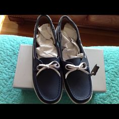 NIB Pretty Blue Genuine Leather Boat Shoes Brand New Blue Boat Shoes with a Comfortable Padded Footbed and White Accent Shoes Flats & Loafers
