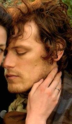 staring at these beautiful eyelashes @MariaLuzAput @witchofgric @barbaramills1 @cjc1034 @TBursoni @meaversch