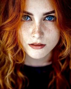 Time for 66 Beautiful Redhead Girl photos. Something about Redheads the cheer me up Red Hair Blue Eyes Girl, Red Hair Woman, Girls With Red Hair, Woman Face, Red Hair With Green Eyes, Red Hair Little Girl, Blue Eyed Girls, Beautiful Red Hair, Gorgeous Redhead