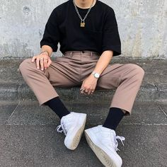 streetwear fashion Os e-boys so uma grand - fashion Edgy Outfits, Mode Outfits, Retro Outfits, Fashion Outfits, Urban Outfits, Fashion Styles, Fashion Fashion, Street Fashion, Dress Outfits