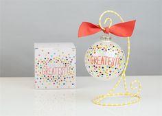 Your The Greatest Ornament | underthecarolinamoon.com #cotoncolor #cotoncolorschristmas #cotoncolorsornaments #utcm #underthecarolinamoon #christmasornament #yourethegreatest