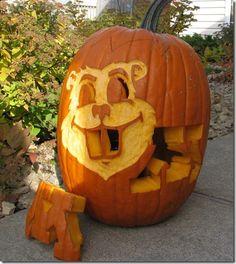 Goldy Pumpkin Carving