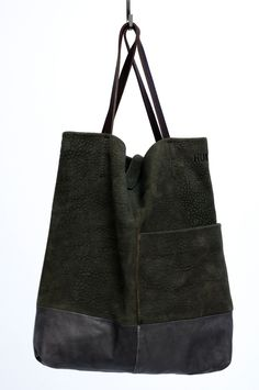 Love the leather/suede combination. Diy Tote Bag, Tote Purse, My Bags, Purses And Bags, Leather Backpack, Leather Bag, Boho Bags, Sport Chic, Little Bag