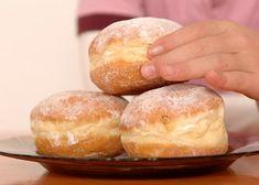 Koblížky recept - TopRecepty.cz Hamburger, Bread, Food, Brot, Essen, Baking, Burgers, Meals, Breads
