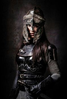 The Chessboard Queen / Medieval / female knight / fantasy costume / cosplay / armor for women / dark knight / reaaaaalllyyy cool :D ! Warrior Queen, Warrior Girl, Warrior Princess, Warrior Outfit, Female Armor, Female Knight, Fantasy Armor, Medieval Fantasy, Fantasy Inspiration