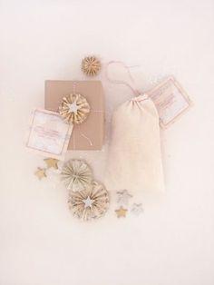 White gift-wrapping ideas