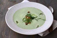 supa rece tarator reteta de supa rece cu castraveti marar si iaurt Tzatziki, Food And Drink, Plates, Eat, Tableware, Kitchen, Recipes, Licence Plates, Dishes