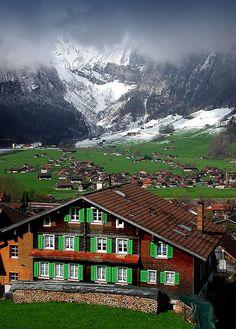 Lungern, Obwalden, Switzerland by the44mantis, via Flickr