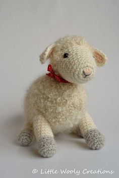 Cora the mother sheep amigurumi pattern by Little Wooly Creations Amigurumi Toys, Amigurumi Patterns, Crochet Patterns, Half Double Crochet, Single Crochet, Crochet Hooks, Crochet Baby, Slip Stitch, Crochet Animals
