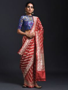 Banarasi saree in shade of red Saree Wearing Styles, Saree Styles, Indian Wedding Outfits, Indian Outfits, Banarsi Saree, Sari Blouse Designs, Saree Dress, Saree Blouse, Stylish Sarees