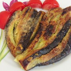 Discover recipes, home ideas, style inspiration and other ideas to try. Oven Fried Eggplant, Eggplant Dishes, Turkish Recipes, Ethnic Recipes, French Recipes, French Kitchen Decor, Western Kitchen, Chicken Kitchen, Fries In The Oven