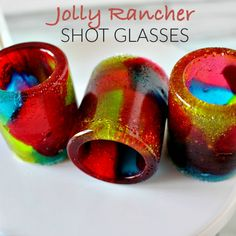 These Jolly Rancher Edible Shot Glasses are sure to be a huge hit at our next party!!