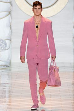 Versace Spring 2015 Menswear Collection Slideshow on Style.com