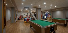 Sala de juegos con billar - Hotel RH Princesa Benidorm