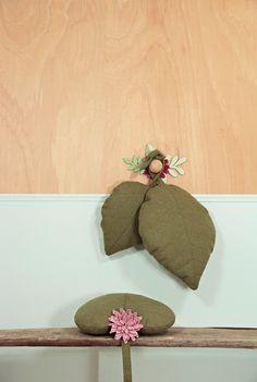 soft furnishing Archives • wawomb Tropical Nursery Decor, Soft Furnishings, Burlap, Reusable Tote Bags, Bloom, Hessian Fabric, Furniture Reupholstery, Jute