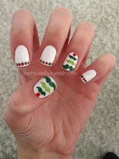 Mustache Christmas tree nails. Perfect for @Cheyenne Hernandez Hernandez Hernandez Hernandez Kemp