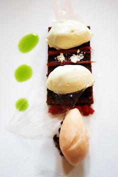 Restaurante LeDomaine - Ruibarbo y aceite de oliva (Más en: www.comerconlosojos.com)