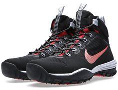 "Nike ACG Lunar Incognito Mid ""Black, Metallic Silver Red"""