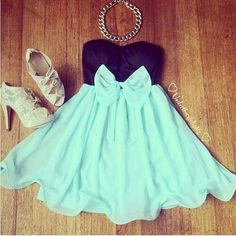 Love the outfit. I think a nice headband that matched the color of the shoes would be nice.(: