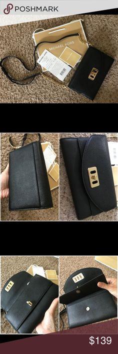 ac48235e3268 MICHAEL KORS KARSON PEBBLED CLUTCH XBODY(Black) Details: - Black Pebbled  Leather -