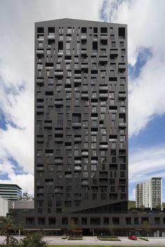 Wohntürme in Mexiko / Düster wie Lava - Architektur und Architekten - News / Meldungen / Nachrichten - BauNetz.de