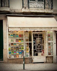 Una llibreria de llibres vells.