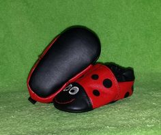 Baby Girls Ladybug Crib Shoes Leather Costume Accessory Size S (1/2) Worn Once #SGFootwear #CribShoes