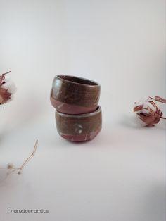 due tazze in gres handmade franzi ceramics